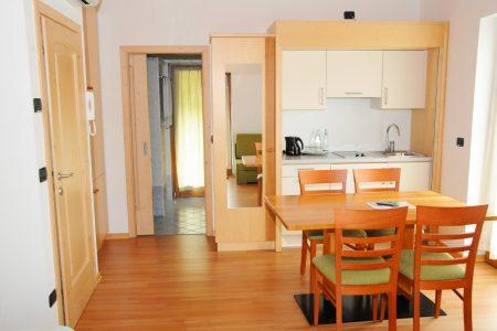 Camera con angolo cucinino